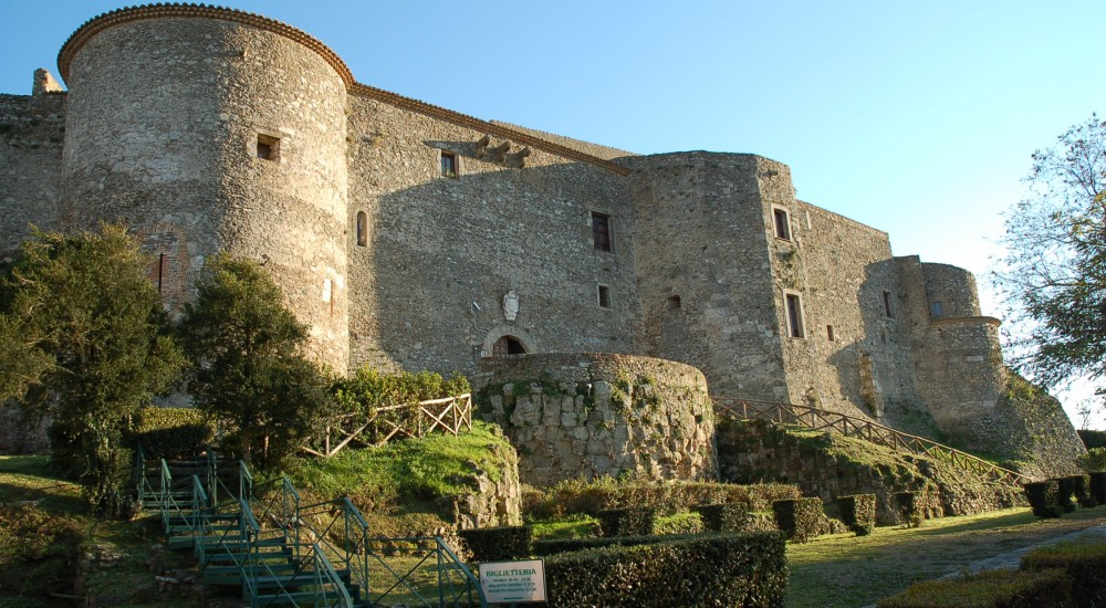 vibo valentia senior personals Contact the owners direct about holiday rentals in province of vibo valentia, italy - no 'owners direct' booking fees and free payment protection.